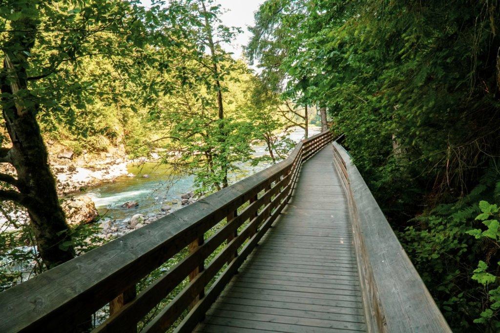 Snoqualmie Falls boardwalk