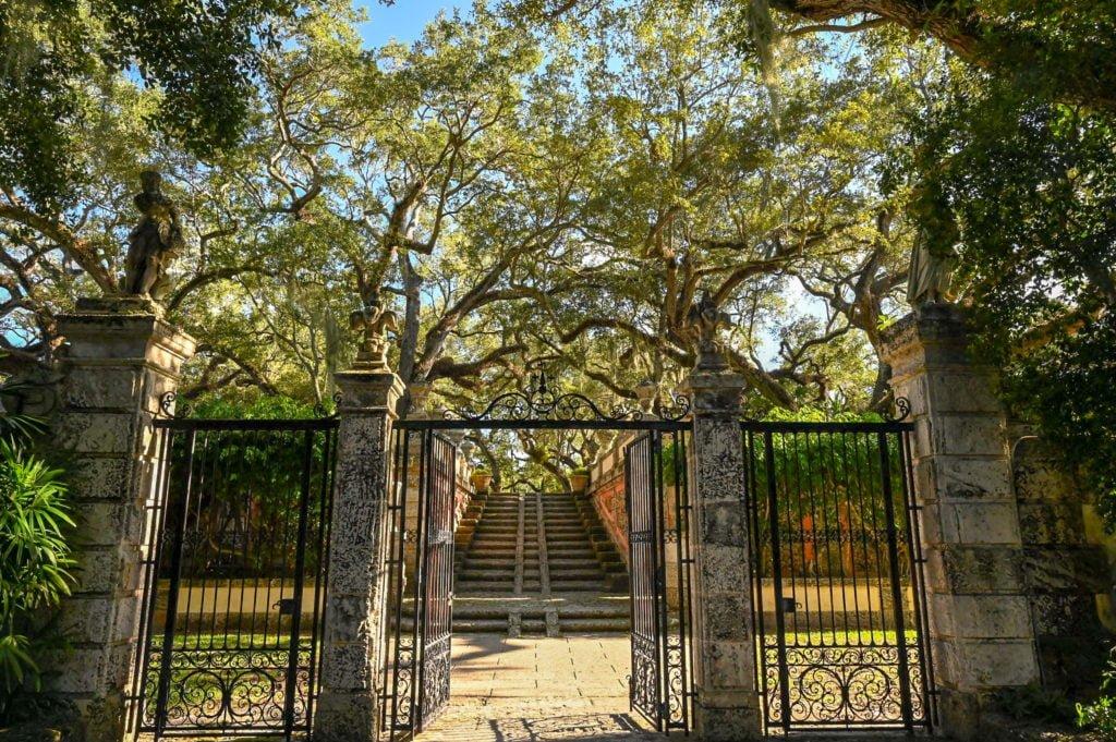 vizcaya garden gates