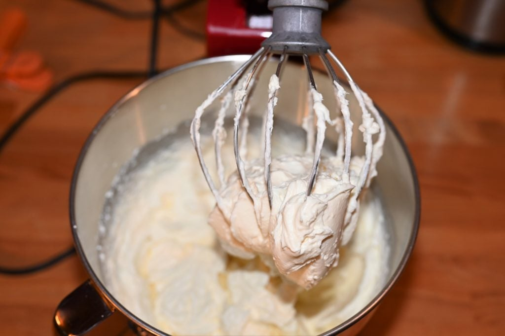 whipped creamy cake filling
