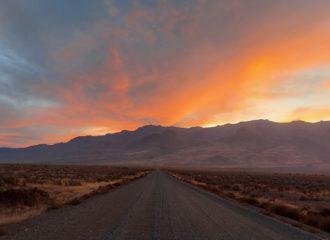 Gravel road toward Steens Mountain