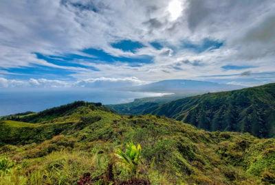 waihee ridge trail view feature