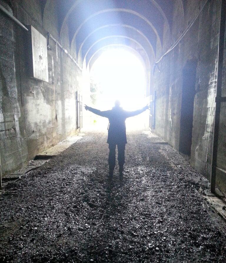 tunnel silhouette